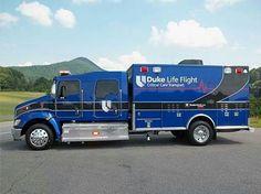 now THAT'S an ambulance! American Ambulance, Ems Ambulance, Emergency Medical Services, Emergency Response, Fire Dept, Fire Department, Flight Paramedic, Life Flight, Radios