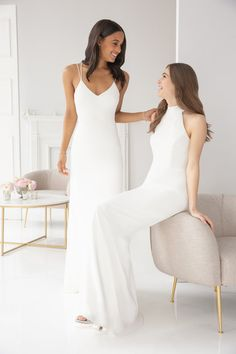 Style 5901 Hayley Paige Occasions bridesmaids gown - Ivory crepe sheath gown, V-neckline, Criss-cross strap detail at back. Spring 2019 Bridesmaids dresses arriving in stores early January Simple Elegant Dresses, Simple Gowns, Elegant Wedding Dress, Stylish Dresses, Wedding Party Dresses, Designer Wedding Dresses, Ivory Bridesmaid Dresses, Bridesmaids, Bridal Entourage