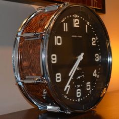 Table Top Version Wood Grain Snare Drum Clock by TimeBeats