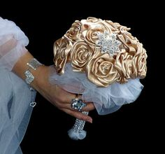 Satin wedding bouquet Mocca roses and boutonniere by wandadesign, €120.00