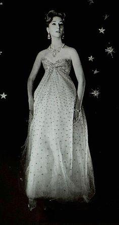 c4548ae81fd544 1958 Christian Dior Christian Dior Vintage, Vintage Dior, Vintage Couture, Vintage  Gowns,