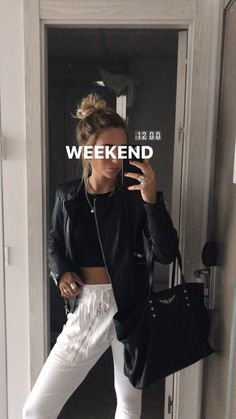 Saturday Outfit, Beach Photography Poses, Cold Weather Outfits, Urban Outfits, Outfit Goals, Cute Casual Outfits, Well Dressed, Aesthetic Clothes, Casual Looks