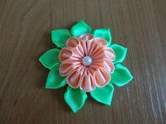 Уроки Канзаши. Цветок из атласной ленты. Мастер класс Канзаши - YouTube