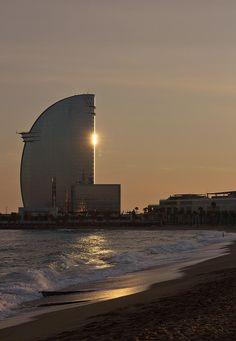 Abendstimmung am Strand von Barcelona (Spanien)