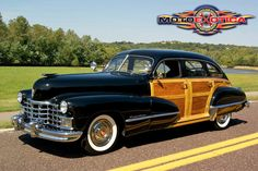 1946 Cadillac Series 61 Woody Sedan Retro Cars, Vintage Cars, General Motors Cars, Automobile, Old American Cars, Woody Wagon, Unique Cars, Ford Motor Company, Hot Cars