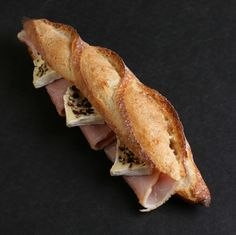 Joel Robuchon/sandwich avec jambon et fromage