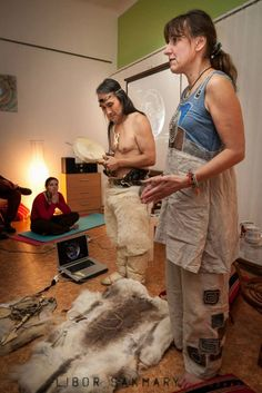 In June 2019 it is going to be Hivshu's workshops and lectures about Inuit culture in the Czech Republic for 7 days. Czech Republic, Workshop, June, Atelier, Work Shop Garage, Bohemia