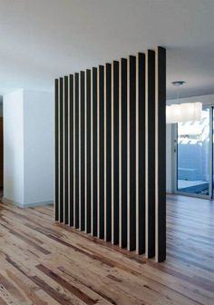 Wondrous Minimalist Interior Design with Room Divider Ideas - Artistic Home Decor Room Divider Curtain, Diy Room Divider, Room Dividers, Drawer Dividers, Divider Design, Divider Ideas, Living Room Furniture Layout, Hall Furniture, Wooden Screen