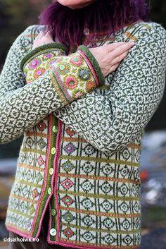 Hippie kofte / Hippie Jacket Design&Photo: Sidsel J.no Yarnkit in webshop sidselhoivik.no Pattern in English, Dutch and Norwegian We ship to Europe, USA, Canada, Australia and New Zealand Motif Fair Isle, Fair Isle Pattern, Fair Isle Knitting Patterns, Knit Patterns, Stitch Patterns, Sewing Patterns, Fair Isle Pullover, Norwegian Knitting, Fair Isles