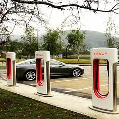Loving new Tesla Supercharger in South Florida to find out more about it - click the link in our bio. _____________________________  #tesla #teslas #tsla #teslamotors #teslamodels #teslamodelx #teslamodel3 #teslaroadster #teslasupercharger #P85D #teslalife #teslaowner #teslacar #teslacars #teslaenergy #powerwall #gigafactory #elonmusk #spacex #solarcity #scty #electricvehicle #electriccar #EV #evannex #teslagigafactory _____________________________  Website: evannex.com…