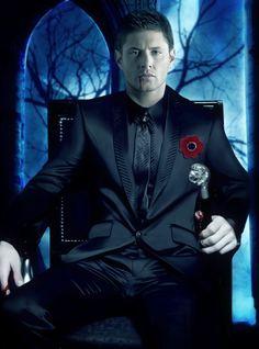 vampire Dean/Jensen manip... Mystery man by MiRta5 on deviantART...  http://www.pinterest.com/meldarfranny/