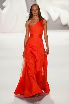 Great dress for the Red Carpet. Carolina Herrera SS13.