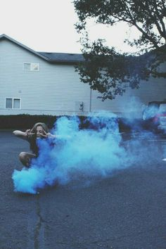 31 Ideas for fashion photography grunge smoke Hipster Grunge, Soft Grunge, Grunge Photography, Tumblr Photography, Fashion Photography, Smoke Photography, Photography Aesthetic, Photography Kids, Vintage Hipster