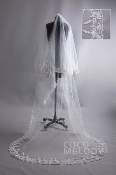 Hot_Selling One-tier Pearl Trim Edge Lace Ivory Chapel Veils AC1017