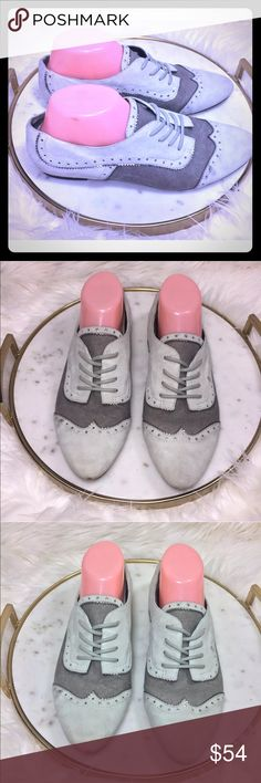 Pierre balmain studded full brogue FLATS shoes Lace Up oxfords w/Scalloped trim Lace-up Full brogue Derby style Almond toe   Nice pre-owned condition showing normal signs of wear. Very rare! Pierre Balmain Shoes Sneakers