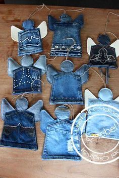 New Photos Tooth fairy pockets? Tips I enjoy Jeans ! And much more I like to sew my own Jeans. Next Jeans Sew Along I'm likely to sho Diy Jeans, Diy With Jeans, Artisanats Denim, Denim Purse, Jean Diy, Christmas Crafts, Christmas Ornaments, Christmas Decorations, Christmas Angels
