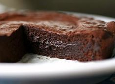 Chocolate Valentino, flourless and only 3 ingredients. So manageable.