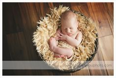 sweet baby boy | lincoln newborn photographer | Lincoln Nebraska Newborn Baby Child Family Photographer | Uniquely You Photography :: Blog