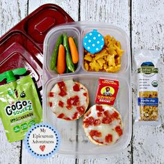 Need some fun lunchbox ideas? Here's a couple quick packed school lunches! #EasyLunchboxes