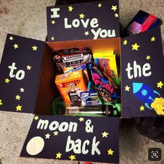 Diy Geschenk Basteln - DIY Gifts Box-By Claire Rew - Gifts box ideas, Gifts for teens,Gifts for boyfriend, Gifts packaging Cute Boyfriend Gifts, Bf Gifts, Boyfriend Anniversary Gifts, Boyfriend Gift Basket, Boyfriend Care Package, Noel Gifts, Boyfriend Ideas, Couple Gifts, Cute Birthday Gift