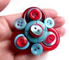 Button Brooch £9.00