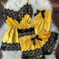 Jolie Lingerie, Lingerie Outfits, Pretty Lingerie, Lingerie Set, Women Lingerie, Cute Sleepwear, Lingerie Sleepwear, Nightwear, Lazy Outfits