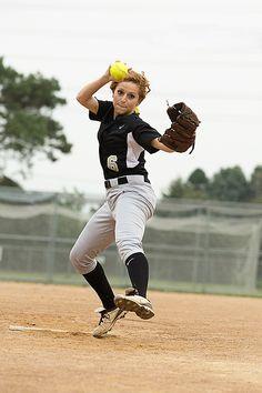 Senior Portrait / Photo / Picture Idea - Softball - Pitcher