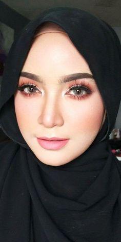 Beautiful Hijab, Most Beautiful Women, Perfect Money, Perfect Selfie, Hijab Tutorial, Hijab Dress, Girl Hijab, Muslim Women, Hijab Fashion