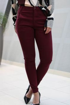 5Units - Jolie Burgunder Pants, Fashion, Moda, Trousers, Fashion Styles, Women Pants, Women's Pants, Fashion Illustrations, Trousers Women