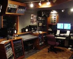 A cozy recording studio in the home | Studio design | Pinterest ...