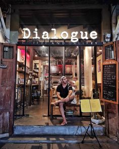 Dialogue Coffee and Art Gallery 53/3 Phra Sumen Rd Read more about Phra Nakhon พระนคร on #MyKrungthep Guide with Google Map