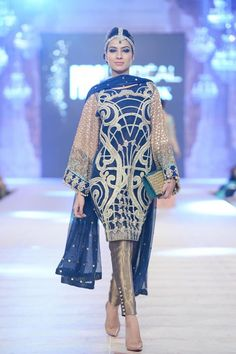 Saira Shakira's Bridal Collection at PFDC L'Oréal Paris 2014