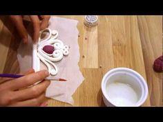 Come realizzare una coroncina per una torta da principessa