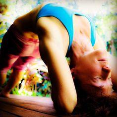We don't realize that somewhere within us all there does exist a supreme self who is eternally at #peace   #ElizabethGilbert   Day 18 of the #COREofGratitude #YogaChallenge   #ViparitaDandasana #InvertedStaffPose    @mixmastermojo1   Hosts: @kinoyoga @beachyogagirl Sponsor: @liforme   #mymojoyoga #mojo #mojomind #mojomoment #mojolife #yoga #onlineyoga #yogaeveryday #yogainspiration #yogamotivation #yogalifestyle #lovethislife #yogafyyourlife #thegoodlife #yogaallday…