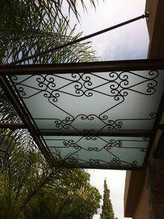 Glass & iron pergola by Etzopali .co.il