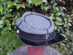 A Good Civil War 7th NEW YORK STATE Militia Kepi circa, 1860-1865. A very nice example in good condition. Ref. Please see; p.96 ECHOES OF GLORY, ARMS AND EQUIPMENT OF THE UNION, c. 1991 TIME-LIFE BOOK