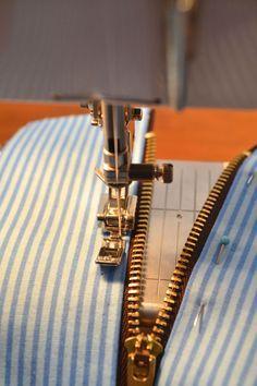 Exposed zipper tutorial