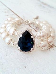 Navy blue pearl bracelet | white pearl navy blue bracelet by EldorTinaJewelry | http://etsy.me/1mf0aDg