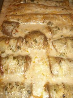 Spicy (eggplant) Enchiladas can make GF Mexican Enchiladas, Chicken Enchiladas, Family Reunion Food, Spicy Eggplant, Cooking Recipes, Healthy Recipes, Yummy Recipes, Cooking Tips, Low Carb Veggies