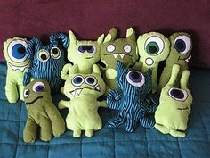 another monster doll tutorial - idea Cute Monsters, Little Monsters, Toy Art, Monster Shapes, Sewing Crafts, Sewing Projects, Monster Dolls, Monster Face, Ugly Dolls