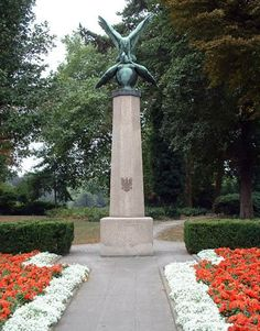 Pools Monument Breda
