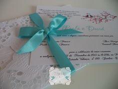 Convite de casamento azul tiffany e rosa, com love birds e envelope de doilies. Arte e cores podem ser alterados. R$ 3,00