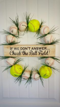 Support your loved ones playing on the diamonds. Adorable Baseball and Softball Wreath to place on your door. Softball Wreath, Baseball Wreaths, Baseball Crafts, Softball Shirts, Softball Mom, Fastpitch Softball, Softball Stuff, Baseball Mom, Football