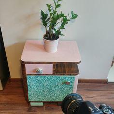 Annie Sloan, Entrepreneurship, Painted Furniture, Decorative Boxes, Art Deco, Tips, Home Decor, Furniture Makeover, Home Decorations