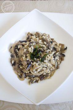 Kolejna propozycja na risotto, na moim blogu w dość krótkim czasie. Po bardzo długim okresie makaronowo – szpinakowym, przyszedł czas na odmianę :) Kremowe, aromatyczne, sycące, pycha :) Polecam! S…