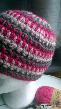 Gorro a crochet, ideal para hacer con varios colores, bonito punto.