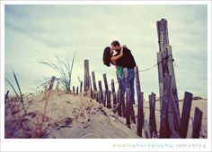 margate beach engagement | Dinofa Photography | South Jersey Weddings