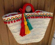 More Tutorial and Ideas Cd Crafts, Fairy Furniture, Art Bag, Basket Bag, Crochet Handbags, Summer Bags, Handmade Bags, Bag Making, Straw Bag