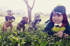 DINOSAUR THEMED PHOTO SHOOT