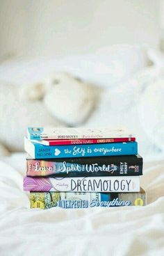 Image in Books ▐▐ collection by Rania ∞ on We Heart It Tea And Books, I Love Books, Great Books, Books To Read, My Books, Reading Library, Book Aesthetic, Book Photography, Book Nerd
